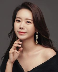 Jiyeon Hwang